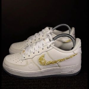 "AIR FORCE 1 ""THE DIRTY"" ATL 6Y FITS WMNS 7.5"